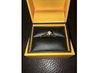 Dimond ring 9ct gold stamped