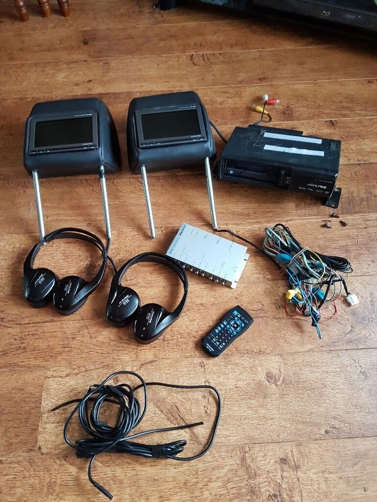Land rover freelander 2 Alpine complete dvd headrest multiplay system spares or repairs.