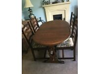Solid Oak Extending Dinning Room Table and 4 Ladder Back Matching Chairs See desc for size