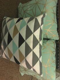 3 cushions