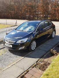 Vauxhall Astra 1.6 Elite, low mileage, new Michelin Crossclimate tyres, parking camera and sensors