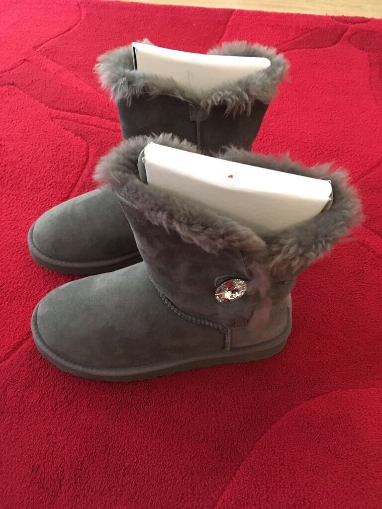 Ladies Grey Ugg Bailey Bling boots uk 5.5