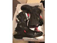 Sidi Vertigo Men's motorcycle boots 10.5