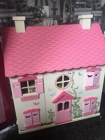 Excellent condition dolls house with furniture