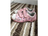 Girls Clark's Shoes - Size 7 1/2 G