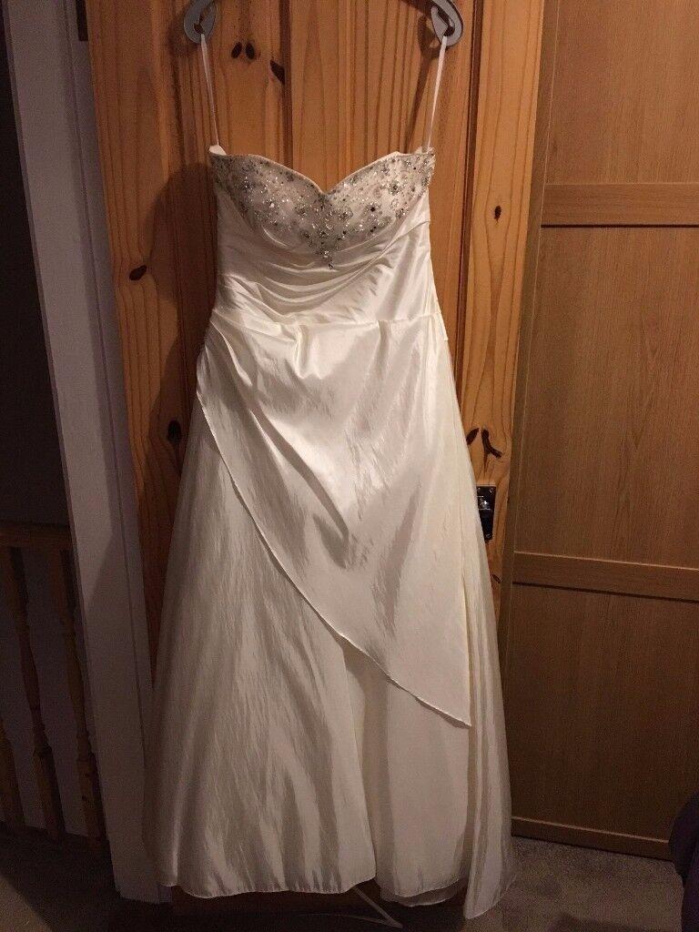 Tiffanys Ivory wedding dress