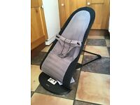 Baby bjorn bouncer chair