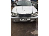 2000 Mercedes c200 Elegance Komp Auto Estate Silver 2L BREAKING FOR SPARES