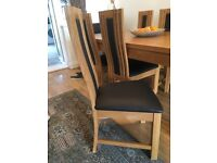 Solid oak top extending dining table and 6 chairs