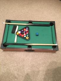Table top pool with box