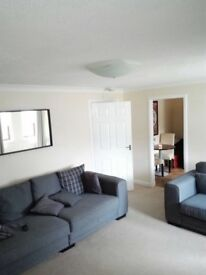 Immaculate 2 Bed main door flat- unfurnished