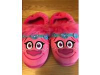 TROLLs Poppy slippers girls size 12-13 used but good condition