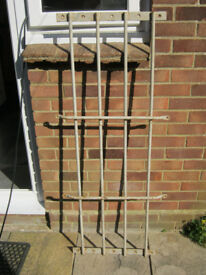 WINDOW SECURITY GRILL VINTAGE