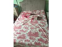 Laura Ashley double duvet and matching storage boxes