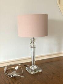 Elegance crystal table lamp