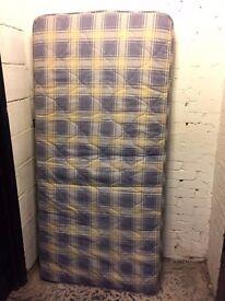 Single mattress 90cm*190cm
