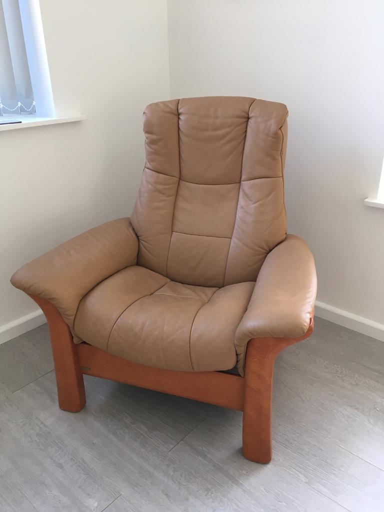 lovely stressless windsor recliner chair latte leather   in