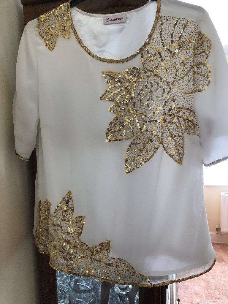 Stunning Party top blouse White with gold sequins Size 20