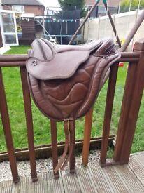 Bundle of saddles 5 altogether