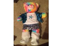 EXCELLENT CONDITION: Collection of 'Build a Bears' with outfits and accessories