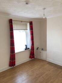 2 bedroom house in Cumrae Street, Splott, Cardiff, CF24
