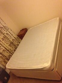 Double bed/matress