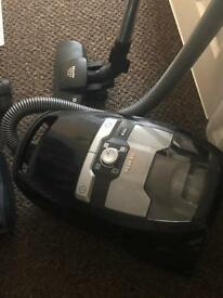 Miele blizzard CX1 car and dog power line vacuum cleaner