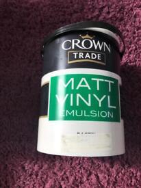 Crown paint 2 tins
