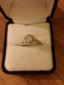 9ct white gold halo cluster diamond engagement ring