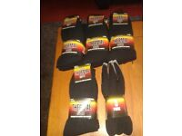 15 pairs of new thermal socks size 6=11