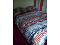 King size bed with drawers bedding included no headboard