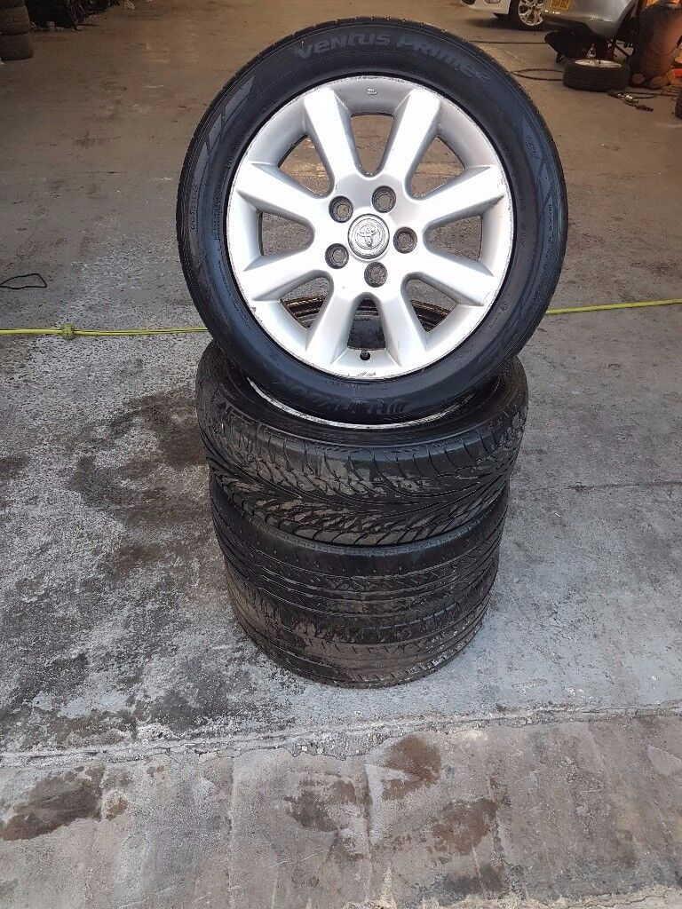 16 inch Toyota alloy set includes tyres.