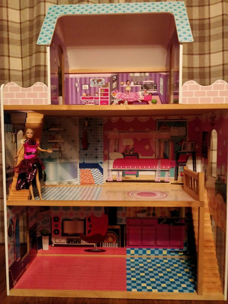 Large Three Storey Dolls House In Scone Perth And Kinross Gumtree