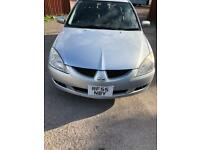 Mitsubishi Lancer estate car 1.6 Petrol top spec 2005 year