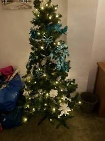 6ft pre-lit Christmas Tree - with box (decs not incl)