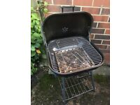 Barely used basic charcoal bbq
