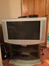 Old Sony tv & digital box plus remotes