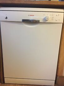 Bosch Dishwasher *Like new*