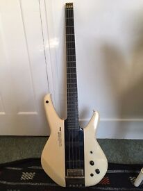 Washburn Status 1000 headless bass