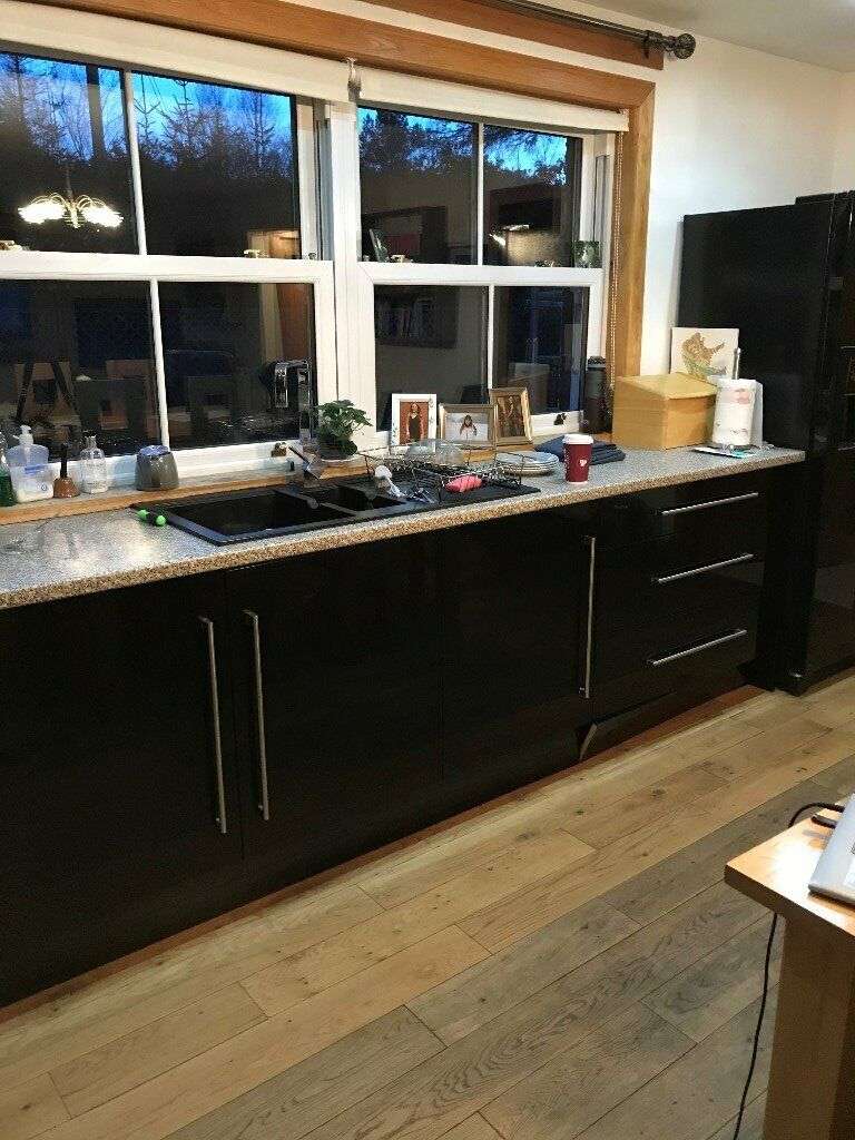 Howden kitchen cabinet doors and handles   in Fort William ...