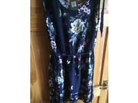 Oasis Floral Print Ladies Dress - Size 12