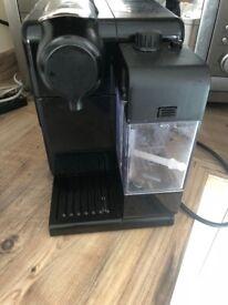 Nespresso Lattissima Touch Coffee Machine, great condition.
