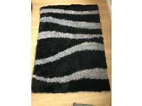 Rug Black and Silver