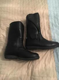 Ladies Waterproof Motorcycle Boots by Figo Size 6