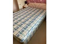 Free to uplift double bed with mattresses