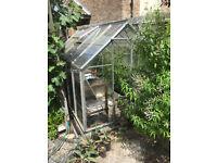 Greenhouse for sale, 1.95m x 3.1m. Alluminium frame, sliding door