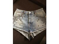 Georgeous topshop studded shorts. W28 (size 10)