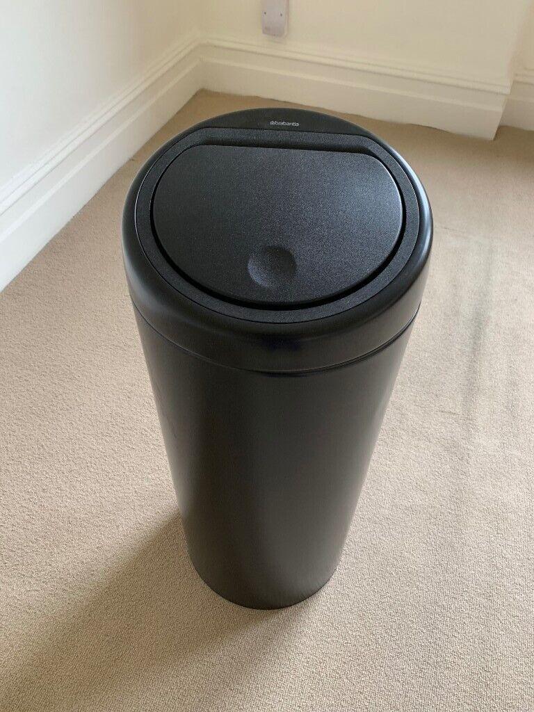 Brabantia Touch Bin Flat Top 30 Liter Wit.Brabantia 30l Touch Bin Matt Black In Richmond London Gumtree