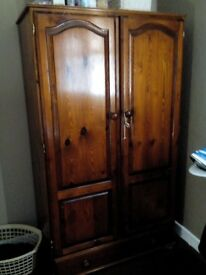 Used wardrobe and drawers set. Would be a good diy project,would look great repainted