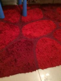 Red Pebble rug